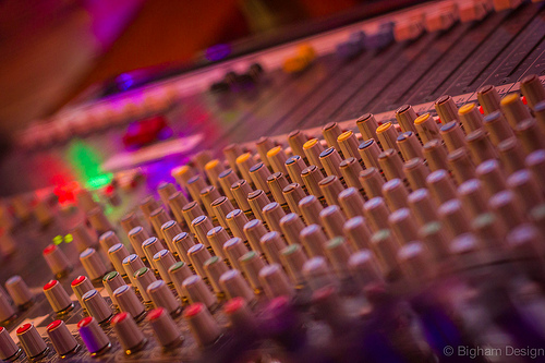 soundboard.-1