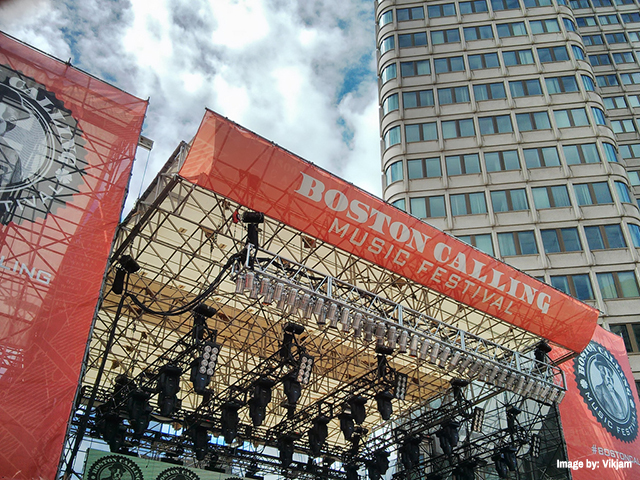 Boston_calling_stage_Vikjam