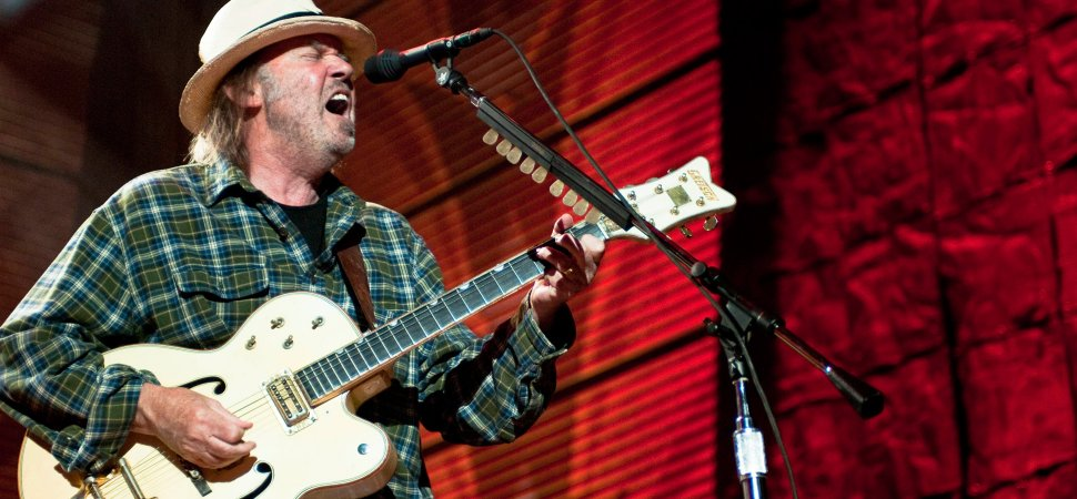 neil-young-1940x900_36163