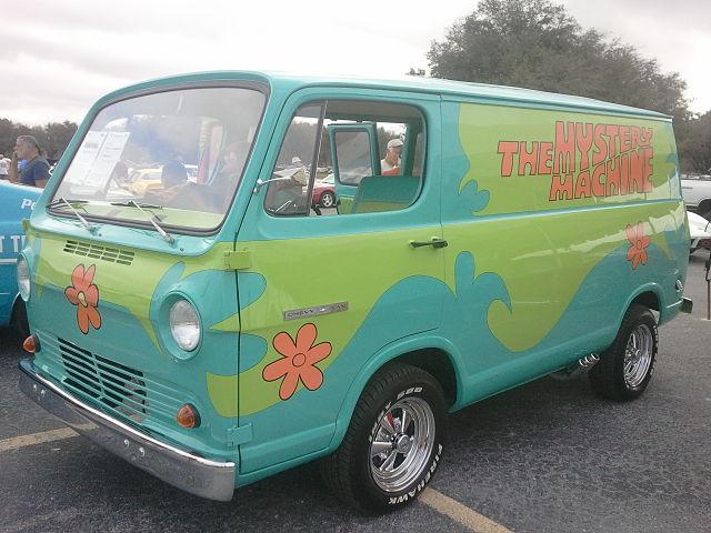 640px-1966_Chevy_Van_The_Mystery_Machine