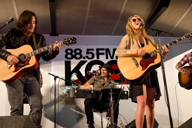 Grace Potter & The Nocturnals perform with 88.5 KCSN public radio; Photo by EsotericSapience