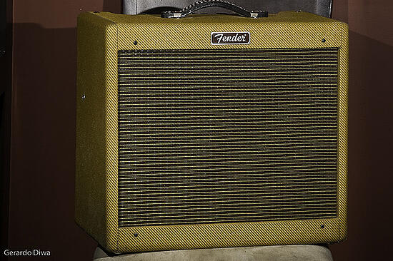 Fender_Blues_Junior