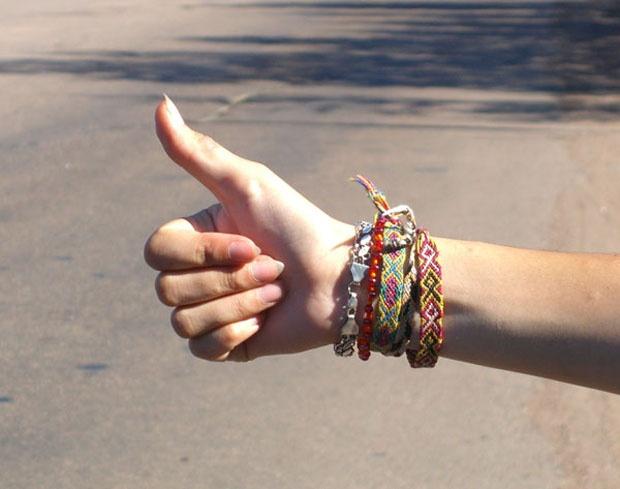 Hitchhikers_gesture-1.jpg