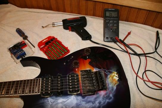 tutorial how to upgrade your guitar pickups. Black Bedroom Furniture Sets. Home Design Ideas