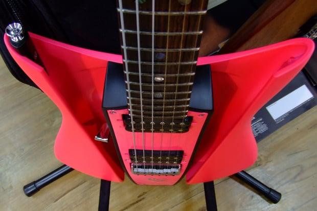 RKS_WAVE_Crest_Guitar__Plane__Strange.jpg