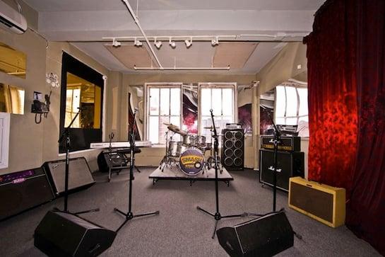Studio-B-b-1024x682