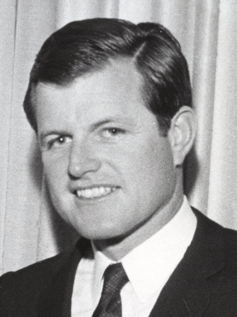 Ted_Kennedy_1967_cropped.jpg
