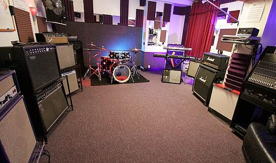 Top 5 Rehearsal Spaces In Nyc For Bands On A Budget