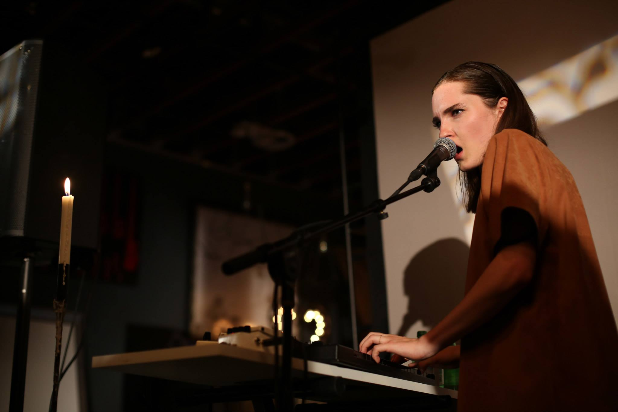 lena_fayre_independent_artist_sxsw_roadtoaustin_festival_underground_booking_gigs_tips