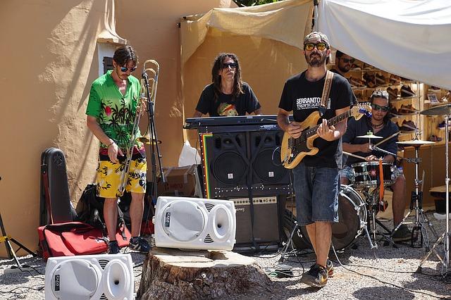 musician-1518576_640.jpg