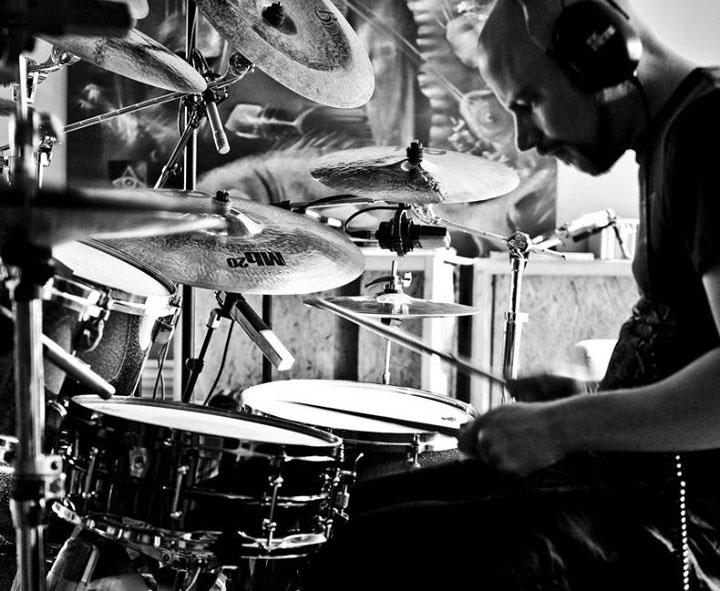 recording_drums.jpg