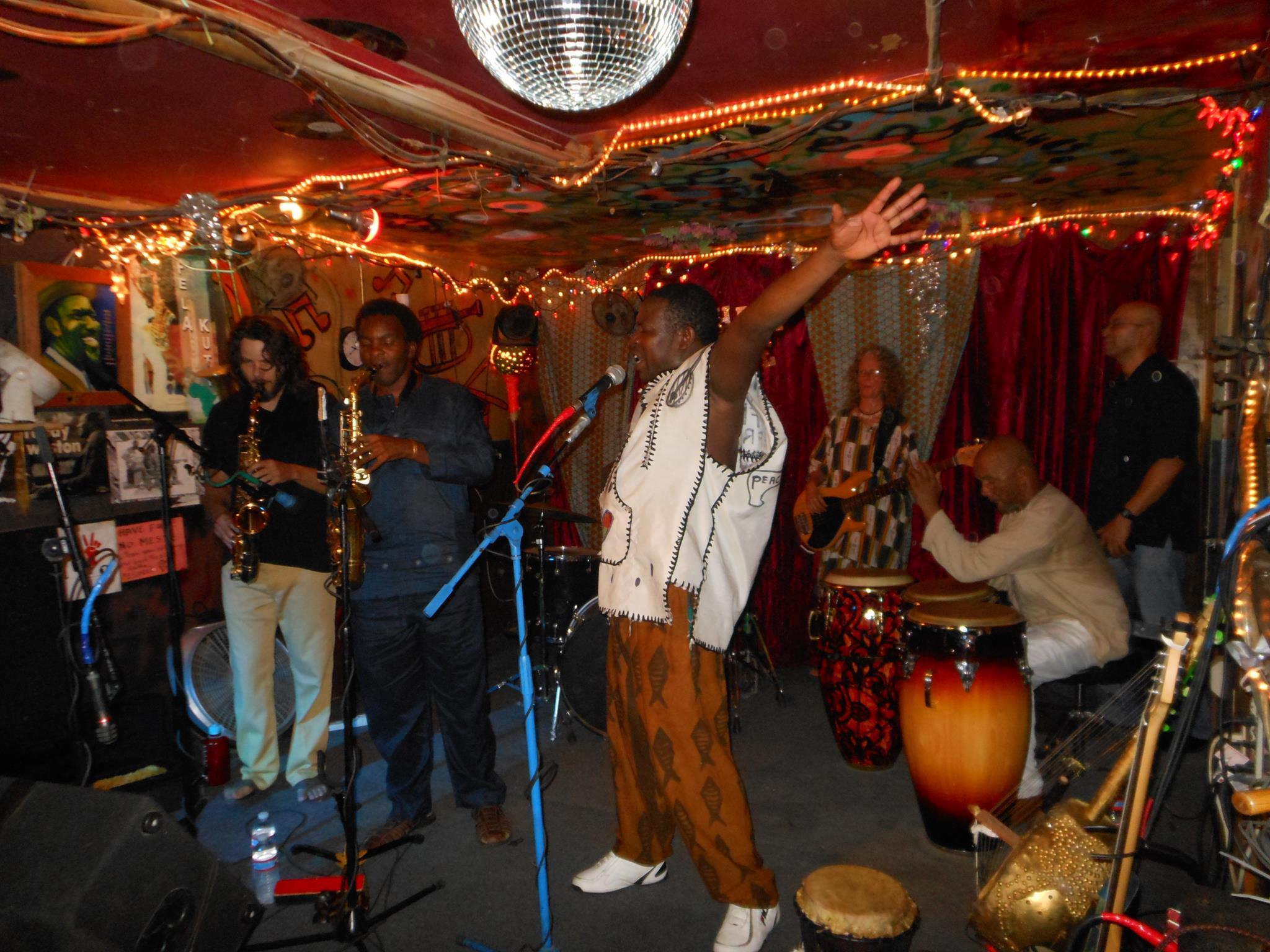 sahara_lounge_austin_texas_bands_diy_musicians_independent_booking_gigs