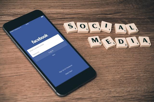 social-media-763731_640