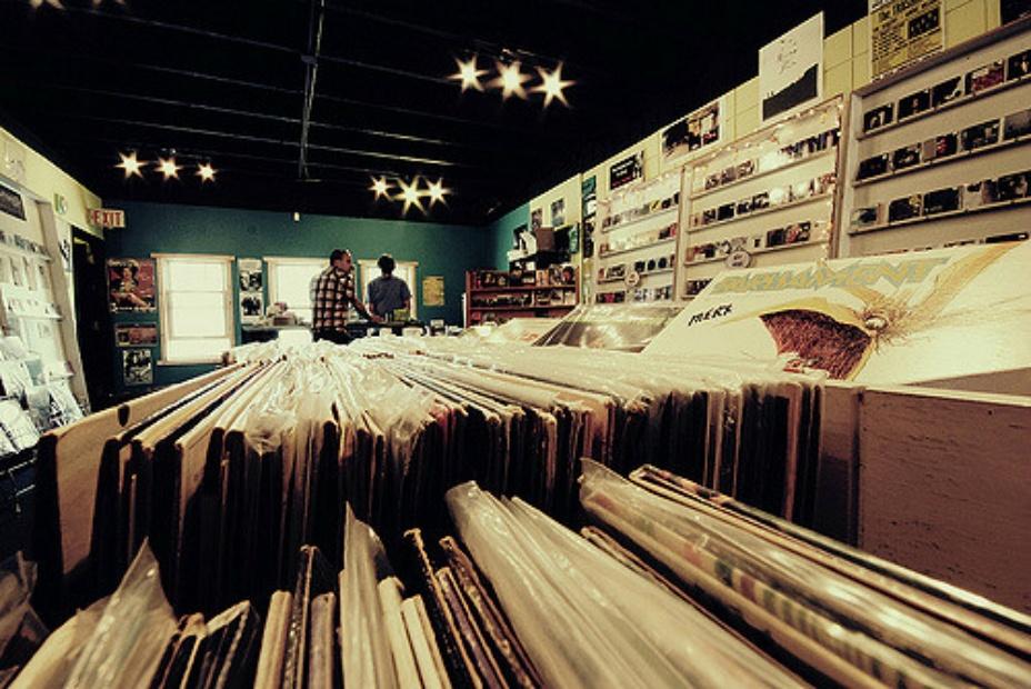 vinyl-store620