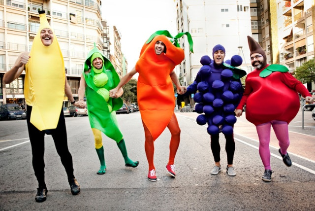 Fruit-vegetable-costumes_plqerp