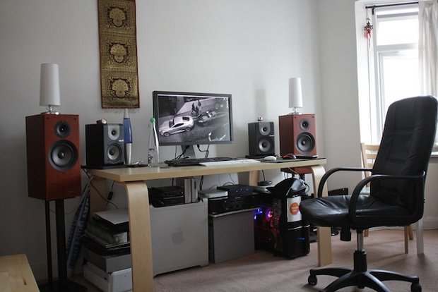 How to Build an Incredibly Effective Home Studio for Under $800