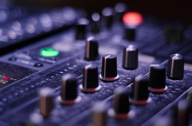 mixer-821537_640